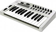 ESI KeyControl 25 XT MIDI USB (25 ), 3 , 2 (Pitch Bend Modulation), Sustain, MIDI Out, 9-12 USB ( ).